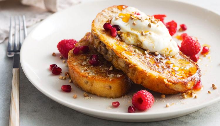Fransız tostu nasıl yapılır sütlü ballı bol malzemeli kahvaltı!