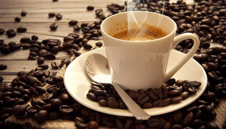 Metabolizmayı hızlandıran besinler kahvenin içine bal eklerseniz...