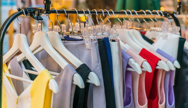 Kıyafet kombinlerinde renk uyumu nasıl olmalı zıt renkler bir arada!