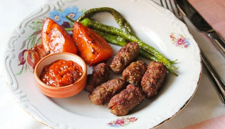 evde tekirdag koftesi nasil yapil Eiga cover - Evde Tekirdağ köftesi nasıl yapılır yöresel lezzet sevenler için!