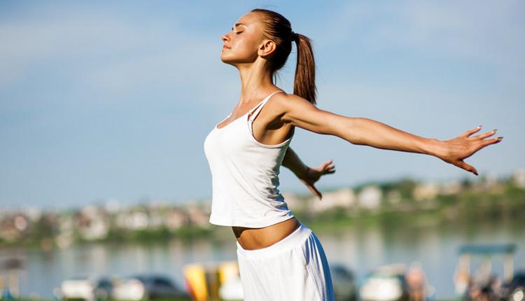 Kas ağrısına ne iyi gelir ham bal enerjiyi ikiye katlıyor!