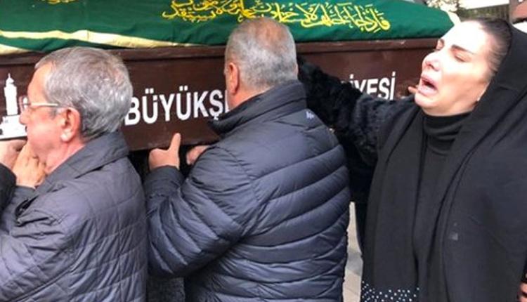 Tuğba Özerk 40 gün önce kaybettiği babası için türkü okudu!