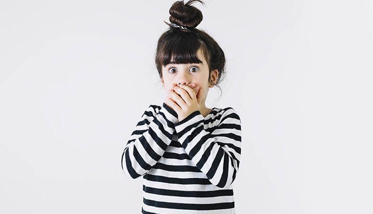 Yalan söyleyen çocuğa nasıl davranılır çevresel ilişkileri gözlemleyin!