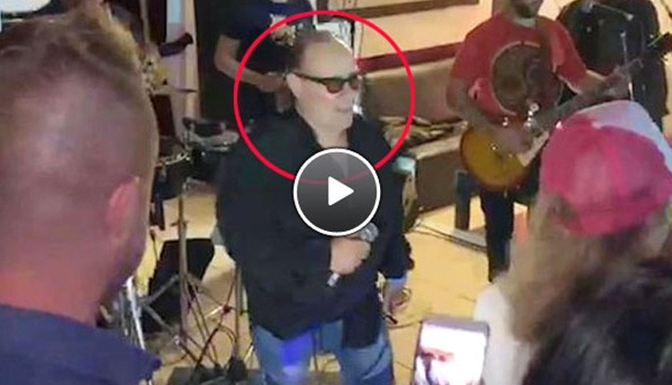 Solist Juan Carlos Mascheroni canlı yayında kalp krizi geçirdi hayatını kaybetti!