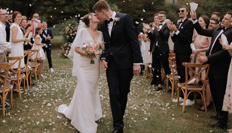 Yaz düğünleri için tavsiyeler çiçek seçimine dikkat edin!