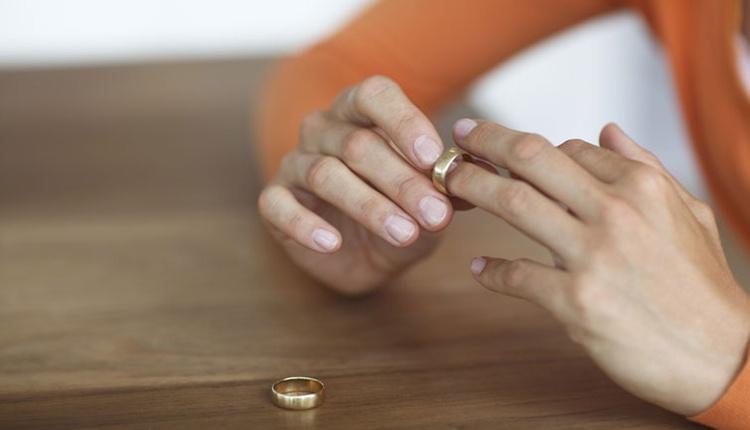 Evliliği bitiren sebepler neler iş yerinde fazla mesai yapıyorsanız...