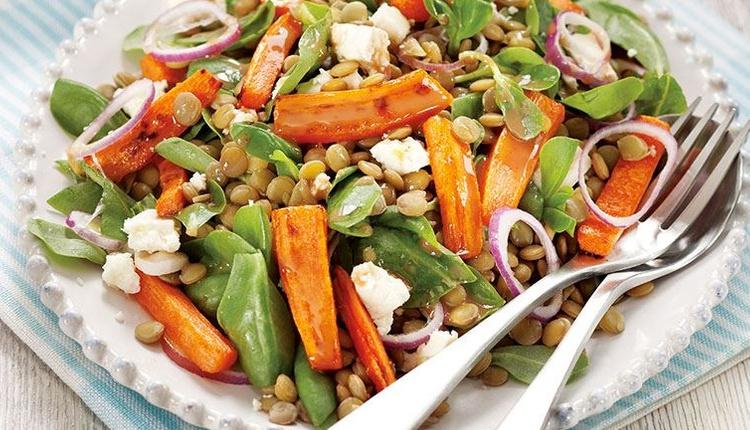 Mercimekli semizotu salatası tarifi lezzetine doyum olmaz!