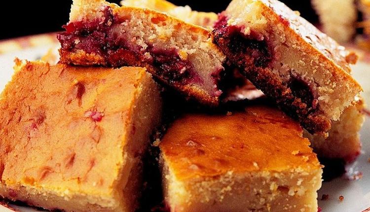 Vişneli pamuk kek tarifi yumuşacık enfes lezzet!
