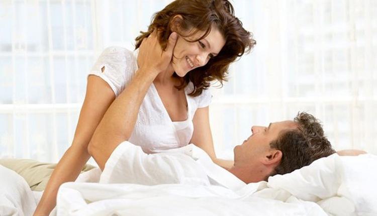 Erkekler yatakta nelerden hoşlanır bazı kelimeler çok etkili oluyor!