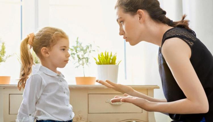 Karnesi kötü olan çocuğa nasıl davranmalı kendinizden pay çıkarmayı unutmayın!