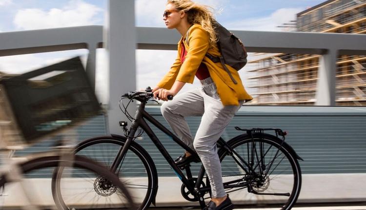 Bisiklete binmenin faydaları saymakla bitmiyor işe bisikletle gitmeyi deneyin!
