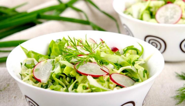 Turplu yaz salatası tarifi içinizi ferahlatacak!