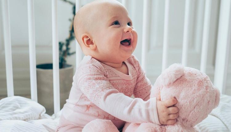 Bebeğin uyku sağlığı için beşik alırken dikkat edilmesi gerekenlere dikkat!