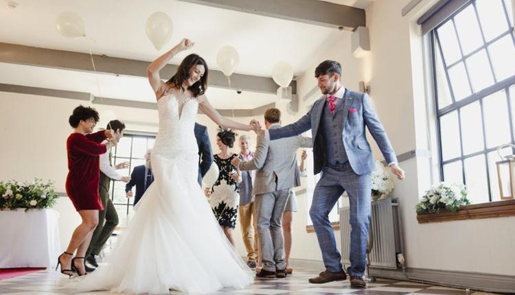 Düğünde çalınabilecek 30 müzik önerisi!