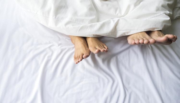 Cinsellikte soyunma fobisi jimnofobi neden olur üstesinden gelmek için korkmayın!