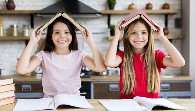 Çocuğa kitap okumayı sevdirmek için doğduktan sonra kitap okuyun!