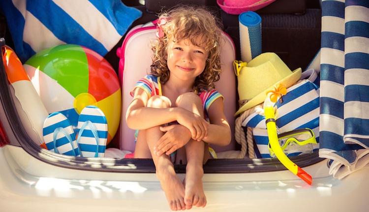 Çocukla tatile çıkacak aileler için dikkat edilmesi gereken özellikler!