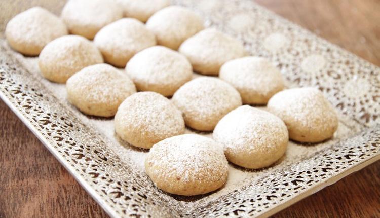 Pudra şekerli kurabiye yapmak için elma sirkeli tarifi deneyin!