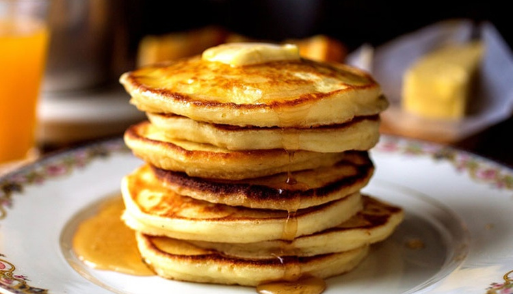 Tavaya yapışmayan kolay pancake tarifi!