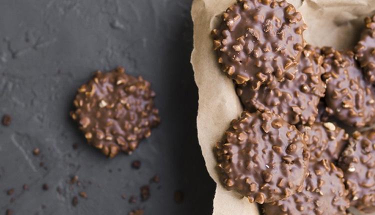 Kolay çikolatalı kurabiye tarifini birde böyle deneyin!