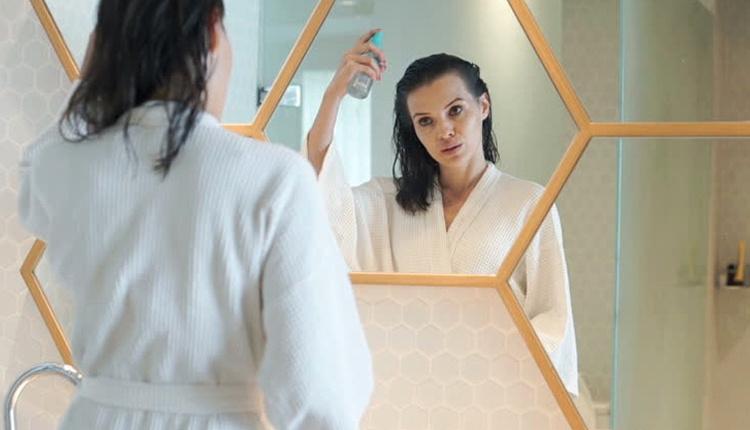 Kuru şampuan kullanmak zararlı mı? Evde kendi şampuanınızı yapabilirsiniz!