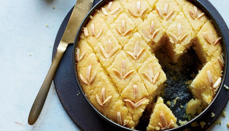 Kolay tarif irmikli kek yapılışını bir de bu yöntemle deneyin!