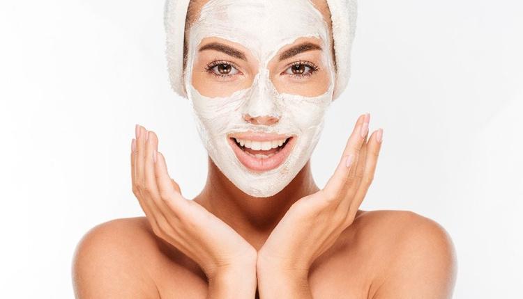 Cildi temizleyen maskeler neler çilek maskesini mutlaka denemelisiniz!