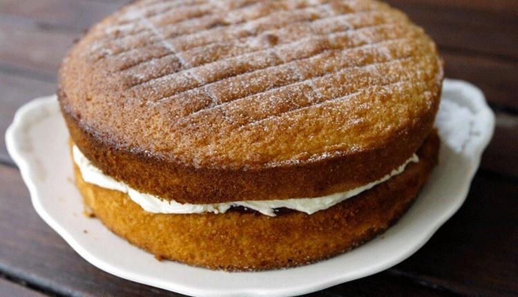 Nişastalı kek tarifi lezzetine doyum olmuyor!