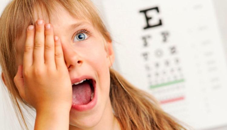 Çocuklarda göz kuruluğu nasıl geçer? Daha az kırpıyorsa...