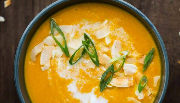 Havuçlu mercimek çorbası tarifi klasik lezzete bir yenisini ekleyin!