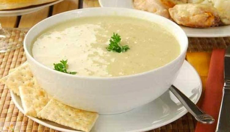 Sarımsaklı un çorbası nasıl yapılır enfes bir lezzet!