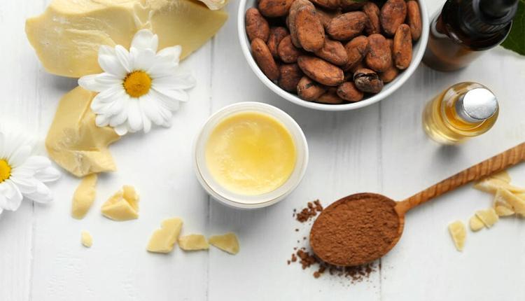 Kakao yağının faydaları neler dudak çatlaklarını gideriyor!