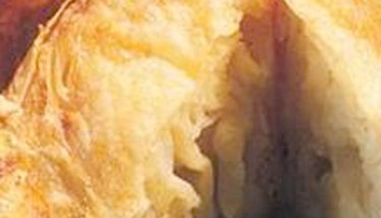 Beş çayına: Patatesli Perde Böreği