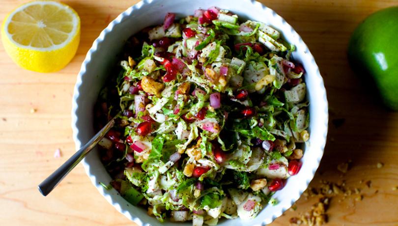 Besin kaynağı narlı cevizli salata tarifi