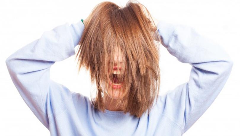 Saç derisinde oluşan sivilcelere dikkat!