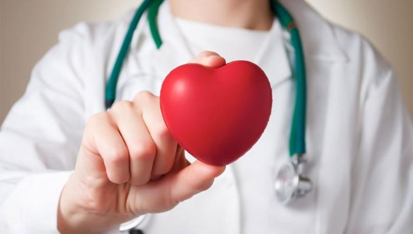 Kalp krizi geçirenler aşk hayatınıza ara verin!