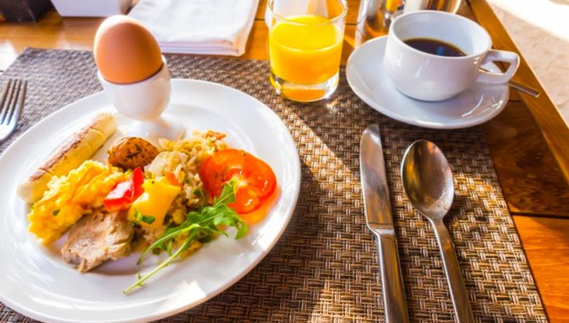 Kahvaltı sofralarınız renklenecek: Çemen Tarifi