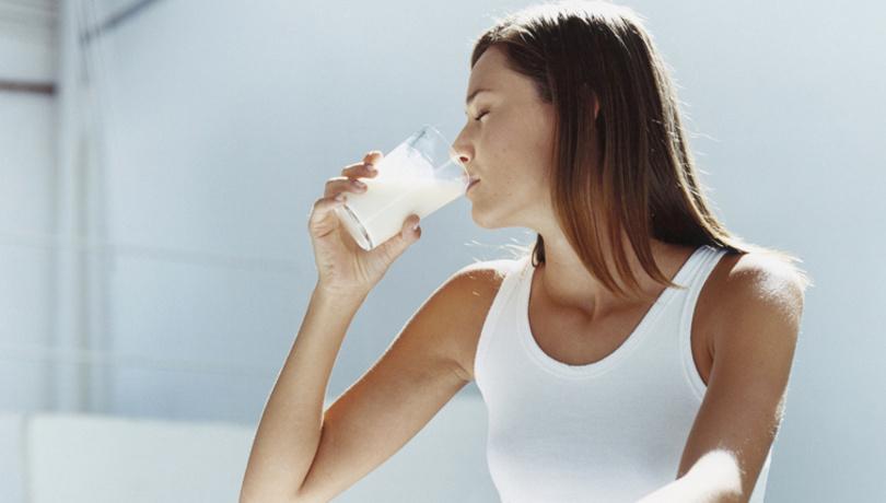 Menopoz döneminde light süt içerek korkularınızdan kurtulun!