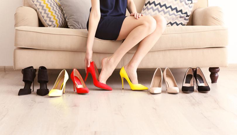 Ayakkabı alışverişi için öğle saatlerini seçin!
