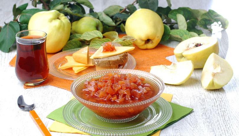 Sabah kahvaltısında enfes lezzet: Ayva reçeli