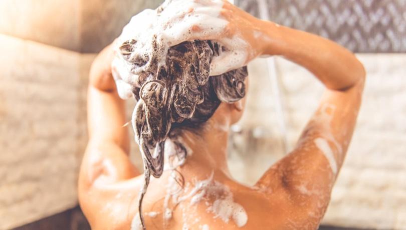 Evde organik şampuanınızı kendiniz yapın!