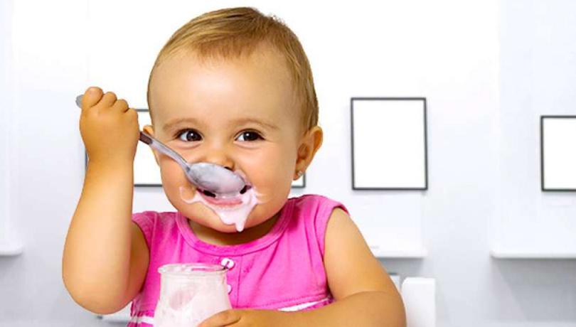 Bebeklere yoğurt nasıl yapılır?