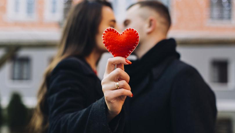 Aşık olunca vücudunuzda bu 4 şey değişiyor!