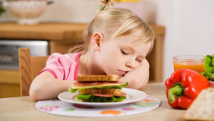 Yemek yemeyen çocuğa ne yapılmalı?