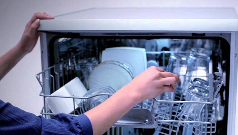 Bulaşık makinesi temizliğinde karbonat ve arap sabununun gücü!
