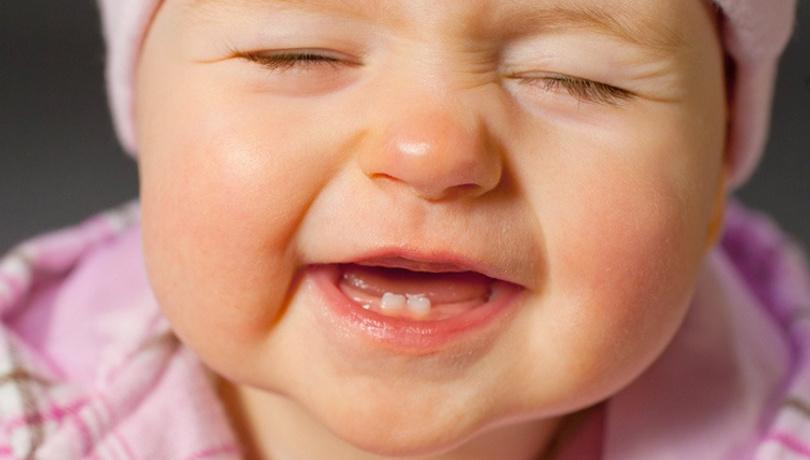 Bebeklerin diş çıkarması kaç gün sürer?