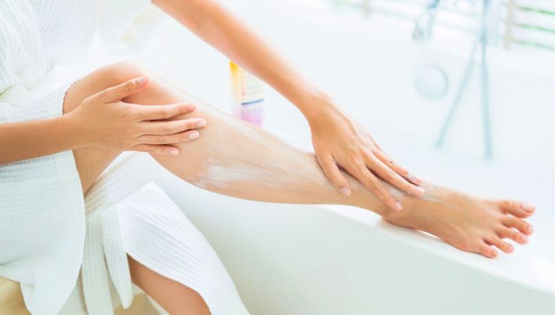 Bacaklardaki batık izlerinden kurtulmak için mucize yöntem!